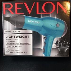 Revlon Perfect Heat Lightweight Fast Dry Styler